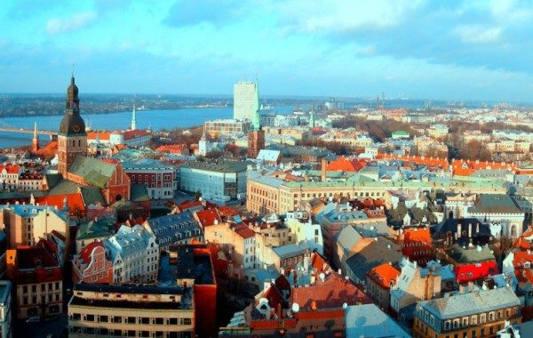 slide_latvia-old-city-riga-1366x768-600x380