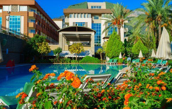 1Armas-Gul-Beach-Resort-9-600x380